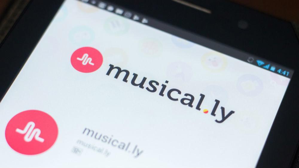 Как бесплатно скачать и установить приложение Musical.ly